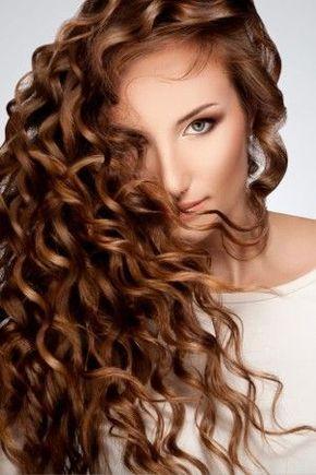 Essayer de nouvelles couleurs de cheveux