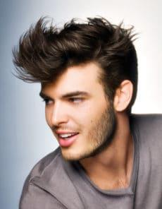 Coupe de cheveux homme structurée