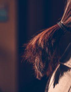 Conseils : cheveux secs ou cheveux gras, les conseils de votre salon Code Couleur Végétal !