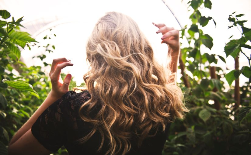 cheveux-blond-entretien